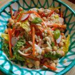 ひよこ豆と大麦の具沢山地中海サラダ