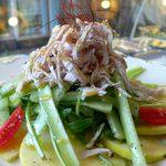 グリーンアップルと鶏のささ身のヘルシーサラダ 洋風胡麻ドレッシング