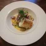 鱈のグリル 白ワインとサフランのクリームソース